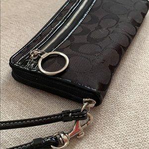 Coach Bags - Coach Wristlet/Wallet